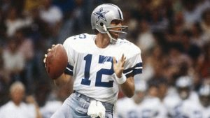 mj-618_348_roger-staubach-athletes-who-served