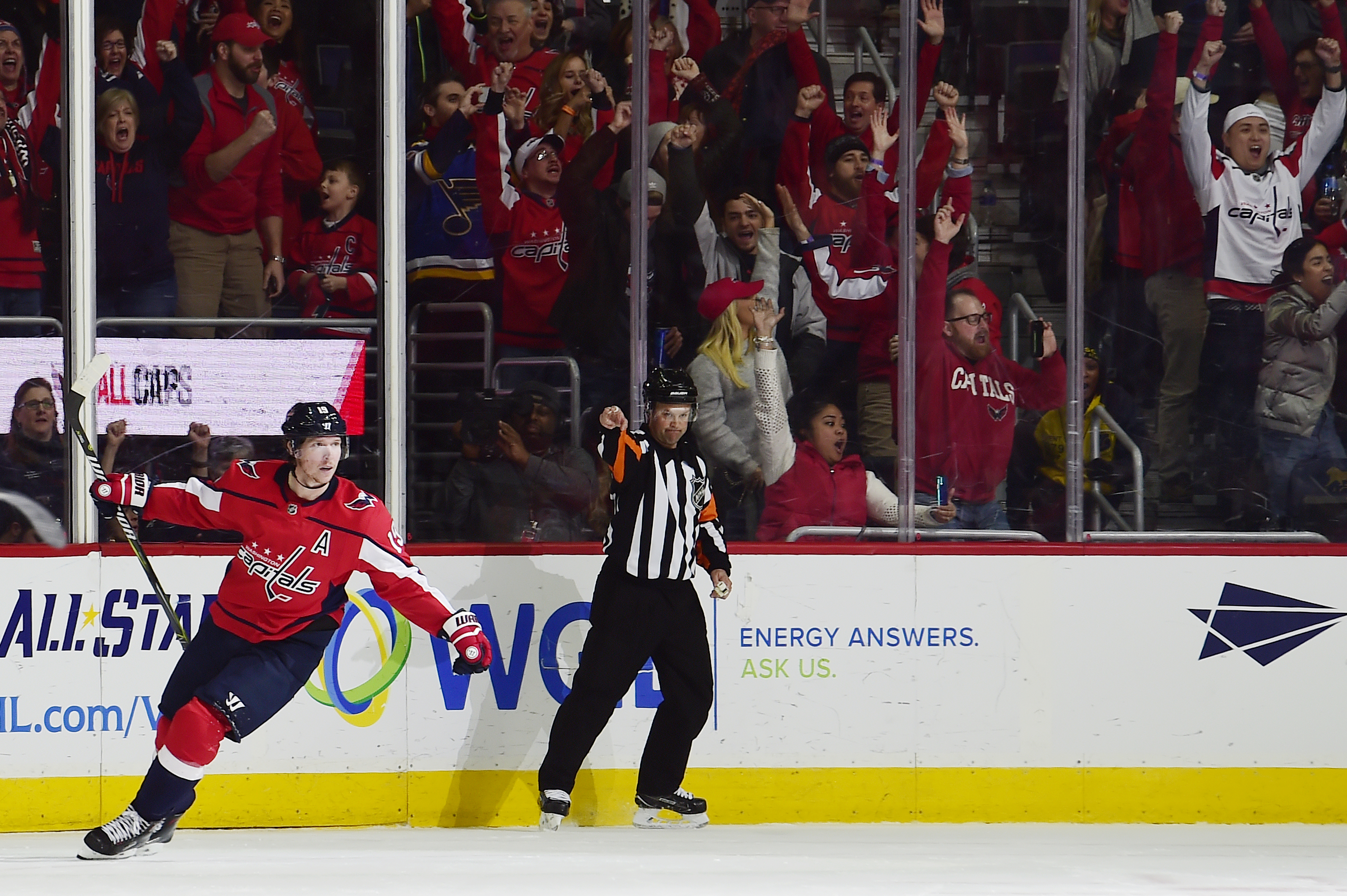 Nicklas Backstrom's game winner gives Capitals an overtime win over the Blues