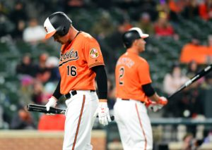 Orioles go hitless for seven innings, fall 6-2 against Twins